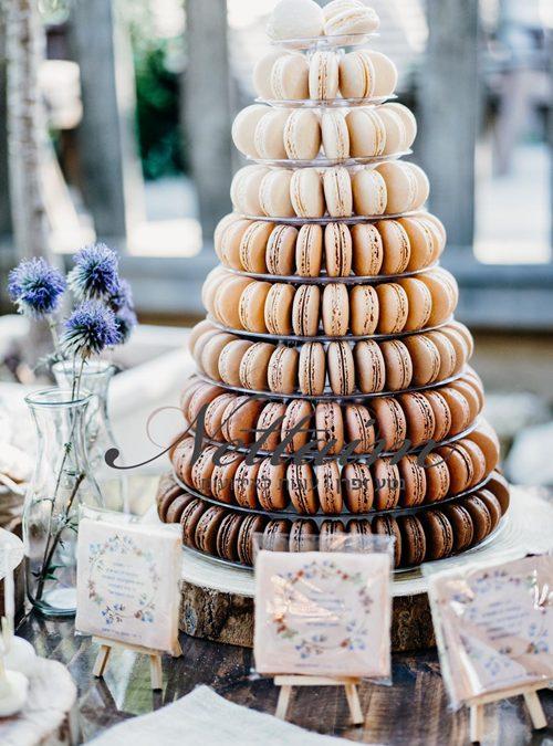 עוגת חתונה מקרונים